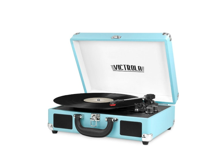 The portable record player to listen to your tunes while you're on the move 🎶