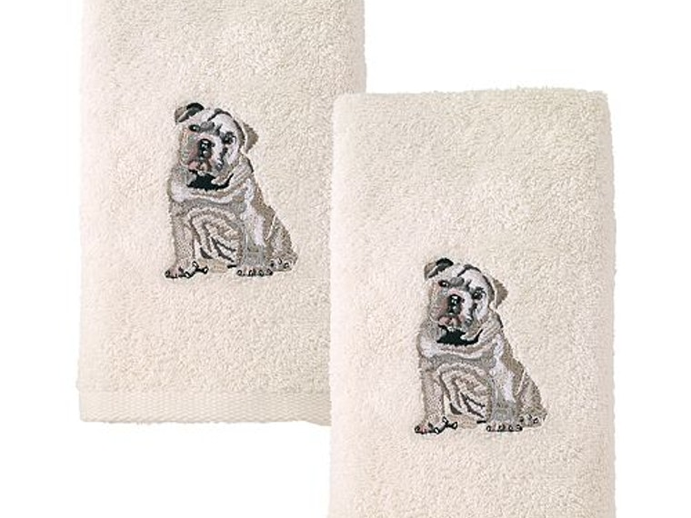 These bulldog guest towels that you'll never let your guests use