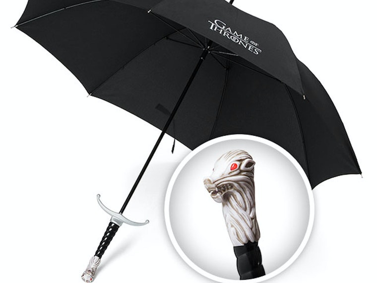 This umbrella with the Longclaw hilt ☂️