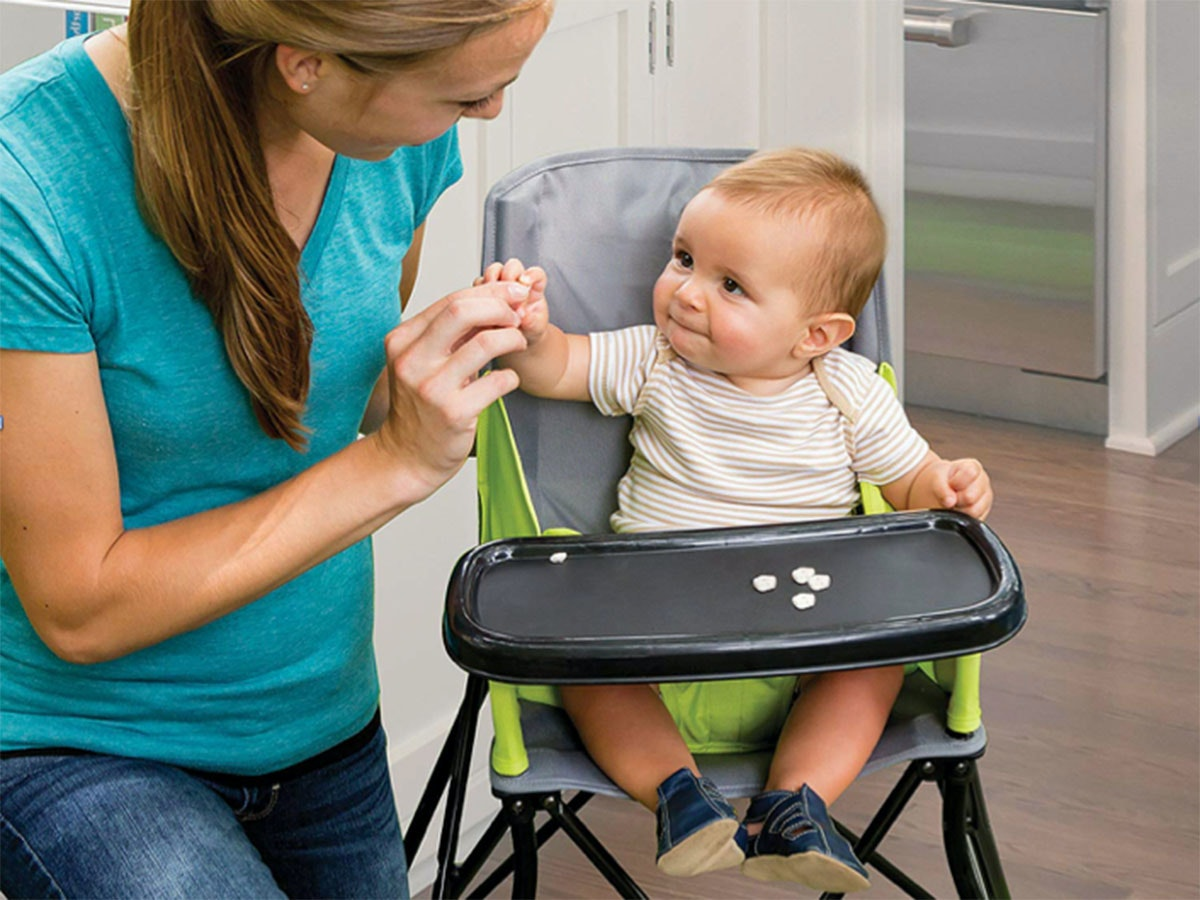 This travel high chair