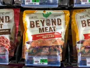 Beyond Meat Sizzles on Wall Street -- and Now We Feel Like Having a Fake-Beef Burger for Lunch
