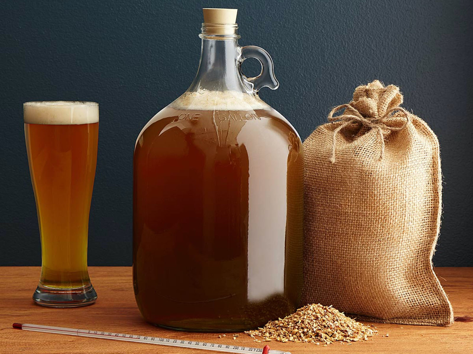 This West Coast home beer brewing kit