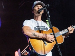 Granger Smith Returns to the Stage After Losing His Son: See His Emotional Tribute