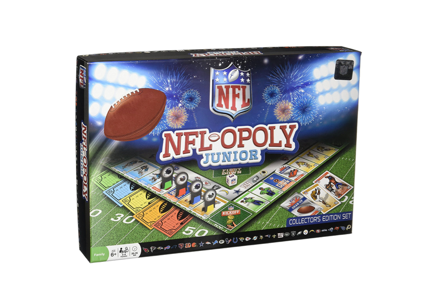 This twist on Monopoly for boys who love football🏈