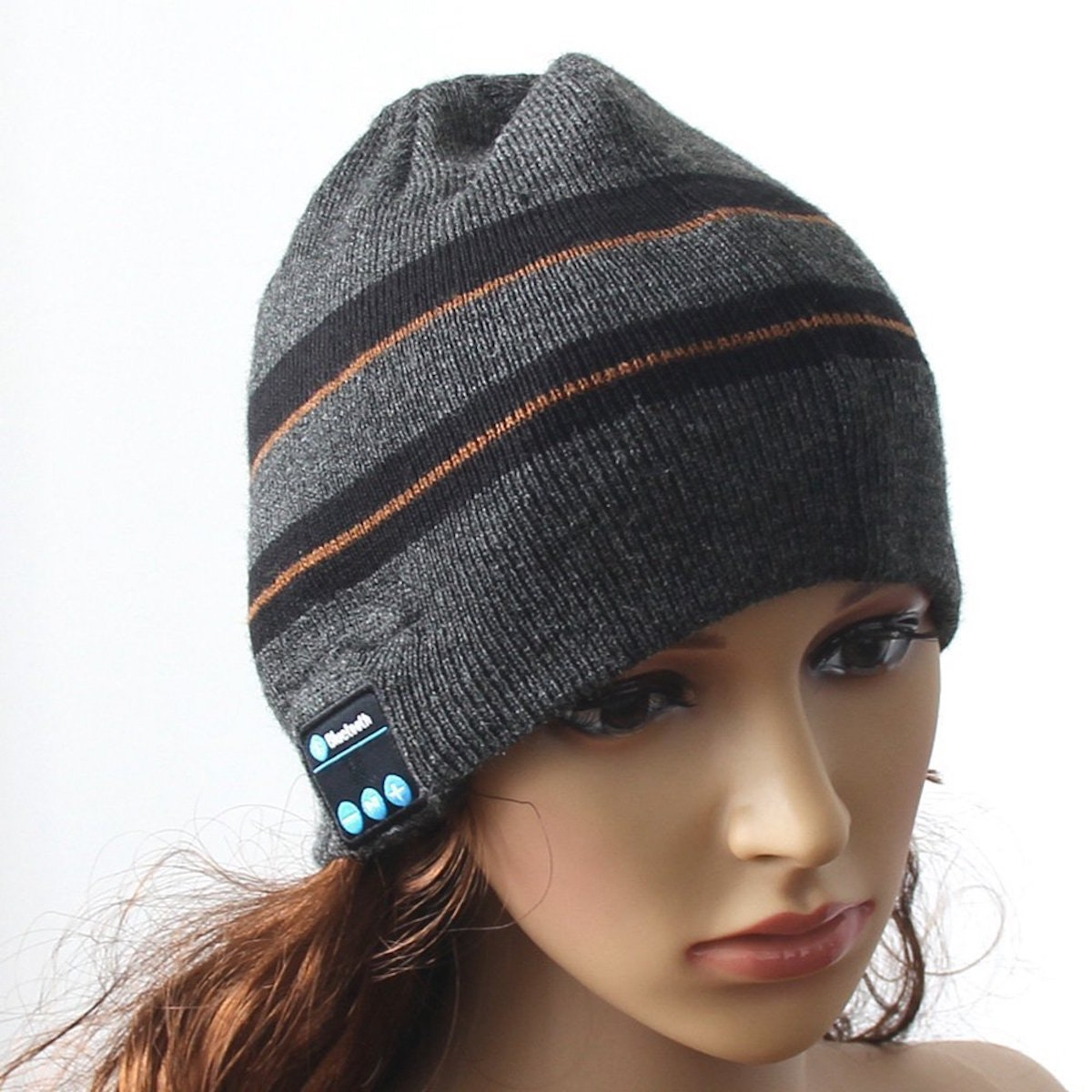 This beanie hat with wireless Bluetooth headphones