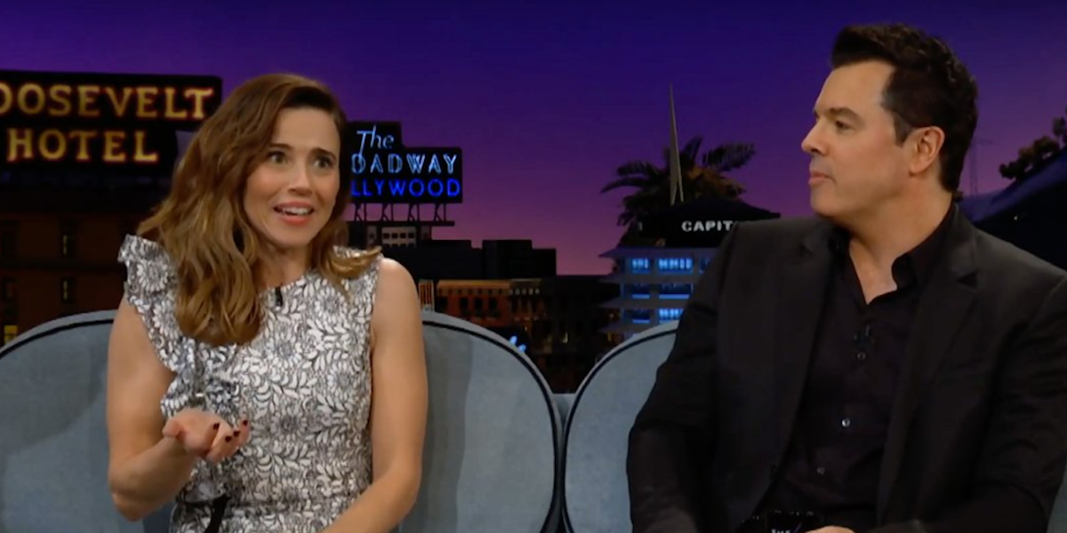 Watch Linda Cardellini Confront Seth MacFarlane Over Her 'Family Guy' Firing