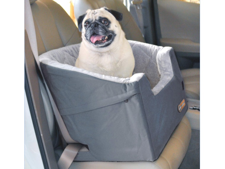 This safety seat for doggos