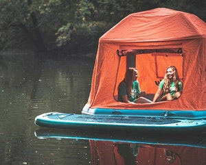 25 SURPRISING THINGS PEOPLE ARE REALLY TAKING ON CAMPING TRIPS
