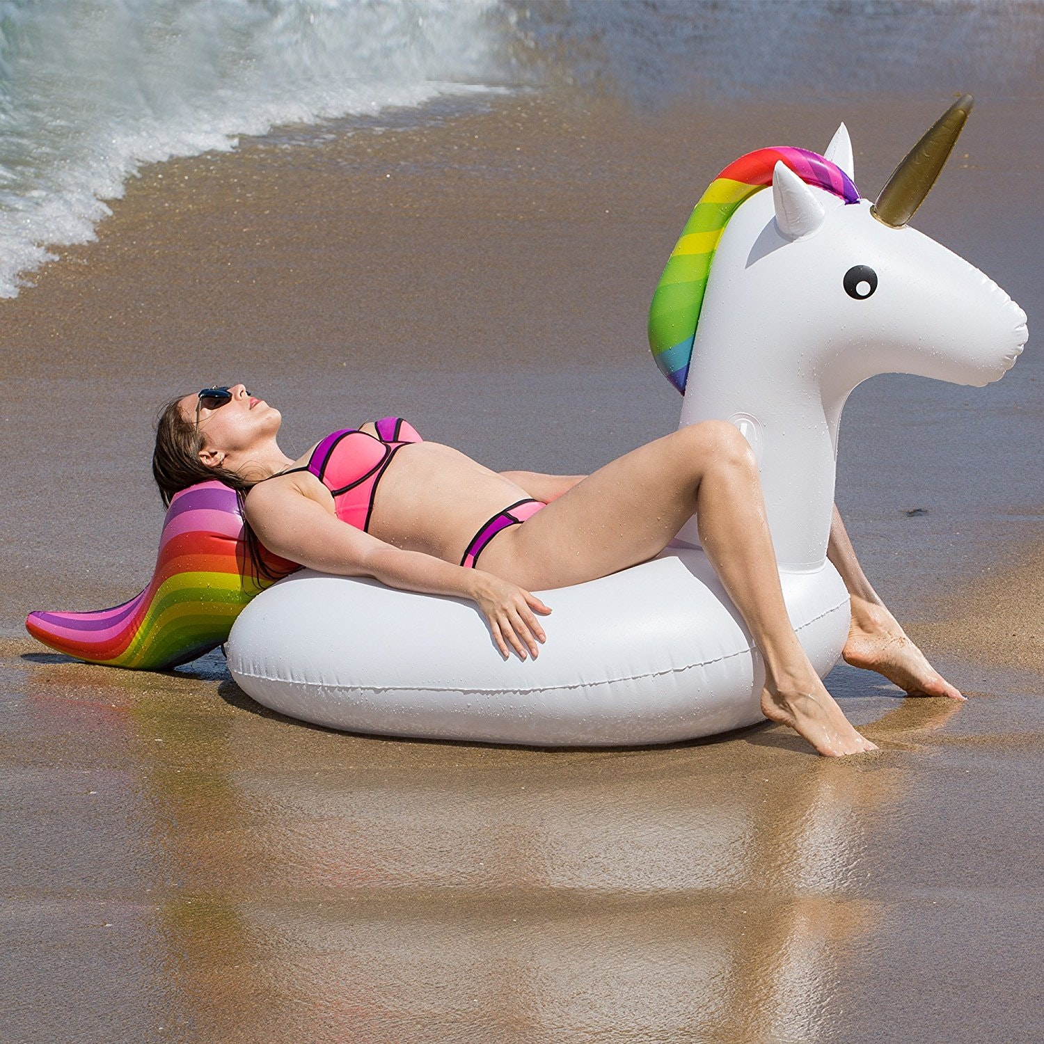 This most gorgeous rainbow unicorn float