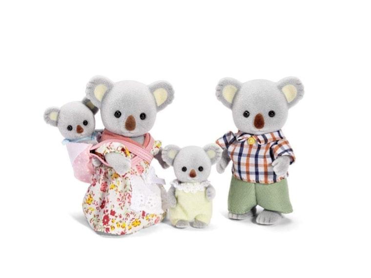 This fuzzy and fun family of koalas! 🐨🐨🐨