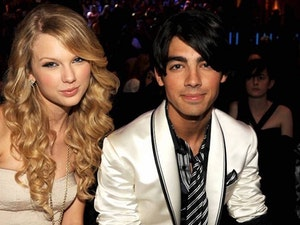 Joe Jonas Reacts to That Apology from Ex Taylor Swift: Find Out What He Said!