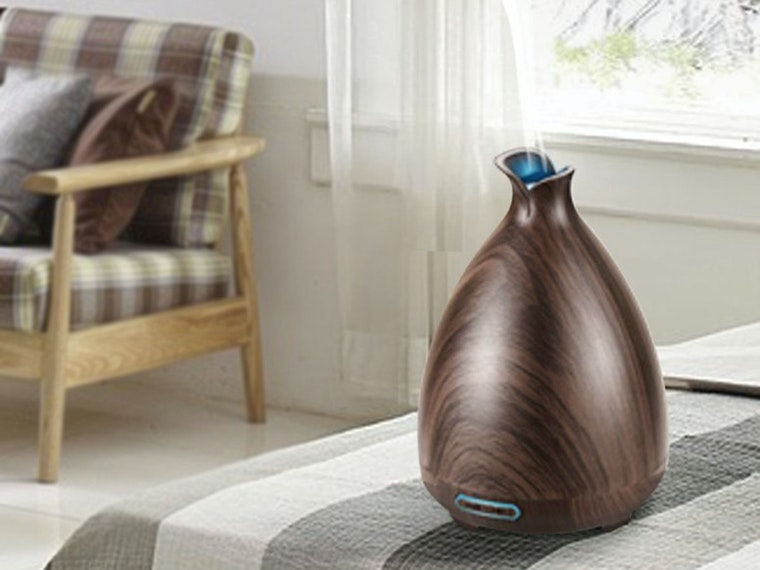 This scent diffuser to make your stinkiest room smell great