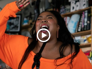 Lizzo's 'Tiny Desk Concert' Is the Best Thing You'll See Today: Watch Now!