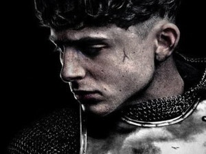 The Official 'The King' Movie Poster Is Here and So Is Timothée Chalamet's Bowl Cut