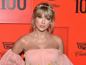 Taylor Swift Stuns on the Red Carpet at the TIME 100 Gala