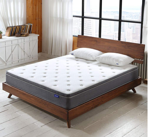 This comfy 5-star mattress that doesn't break the bank
