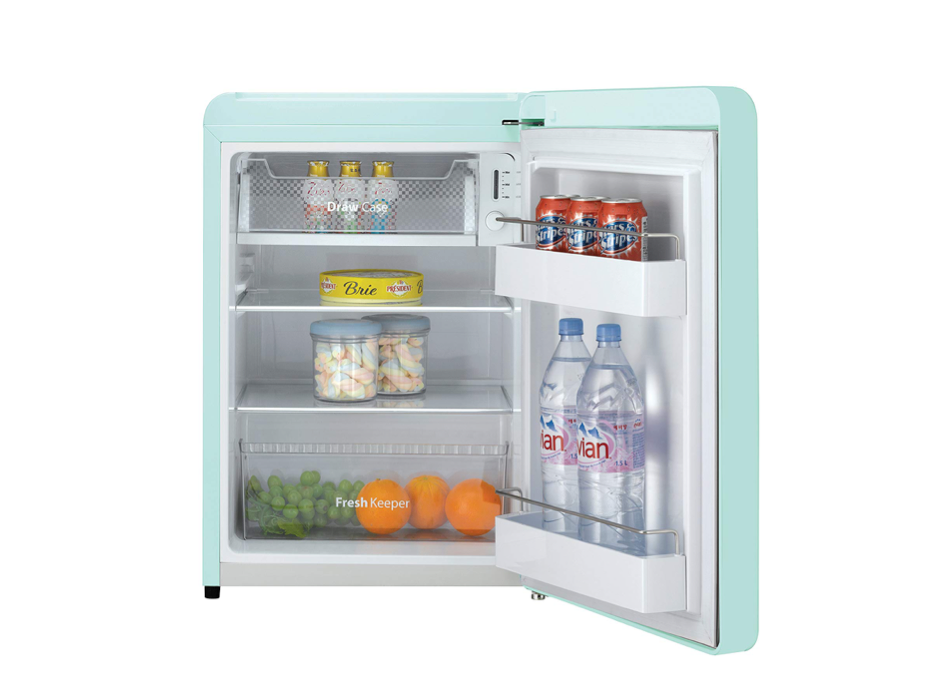Beau A Tiny Fridge For Small Spaces