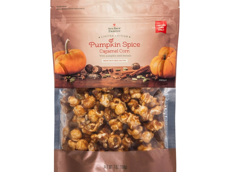 This sweet and crunchy fall popcorn treat