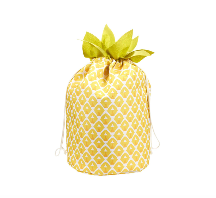 This laundry bag that looks like a tropical treat 🍍🍍🍍