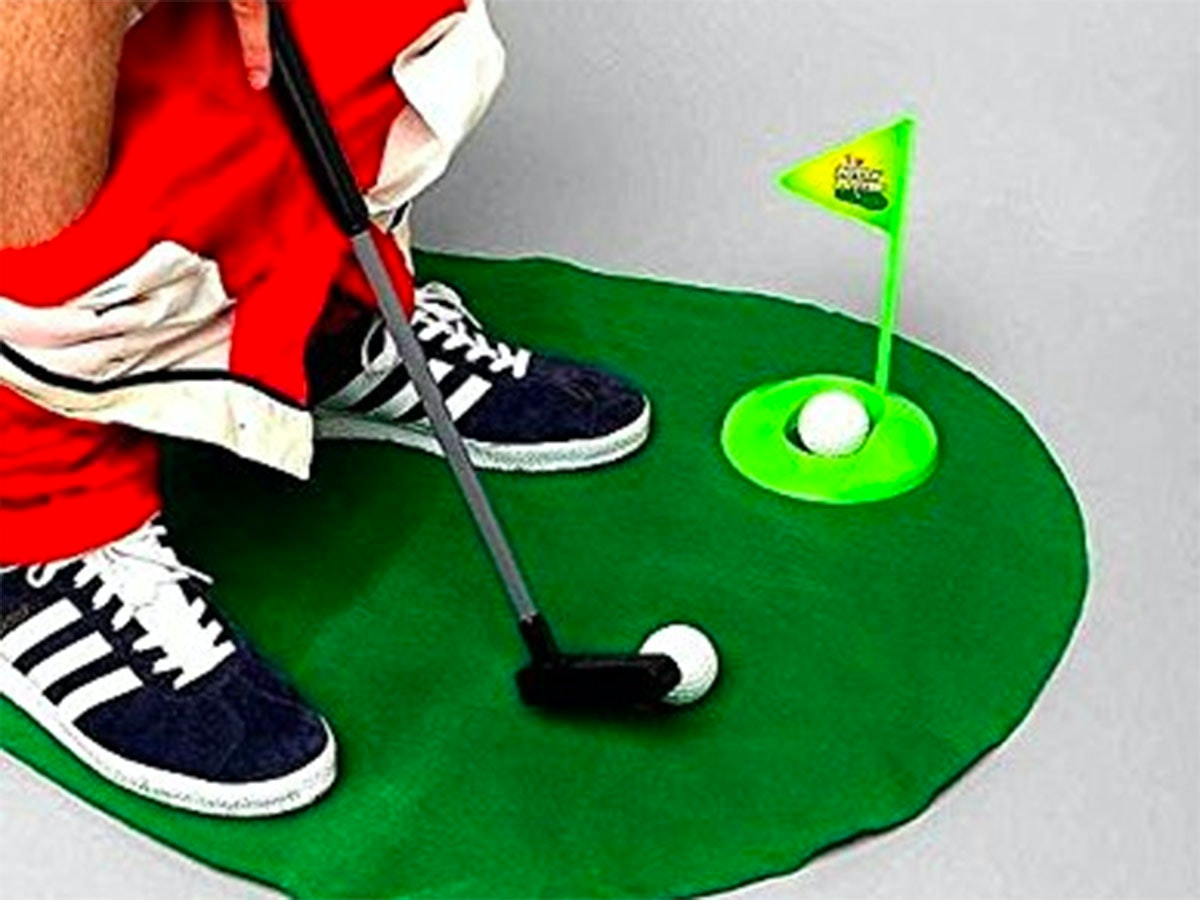 This golf game for when you've got to go⛳