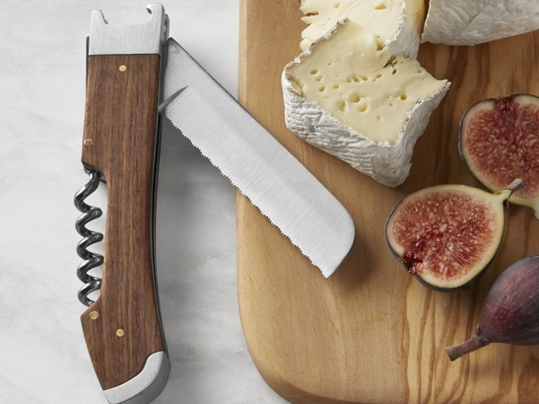 This folding knife that's absolutely perfect for picnics 🔪