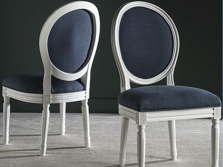 These elegant dinner chairs that scream fancy