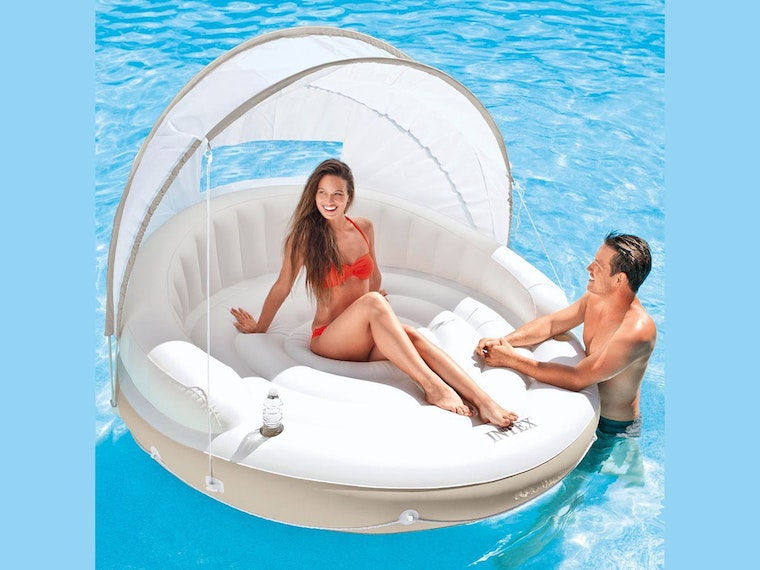 This luxurious floating cabana