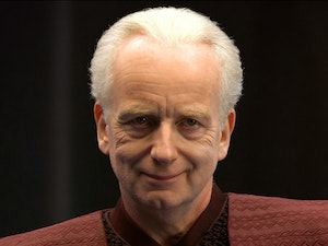Star Wars Fan Theory: Emperor Palpatine Is Immortal