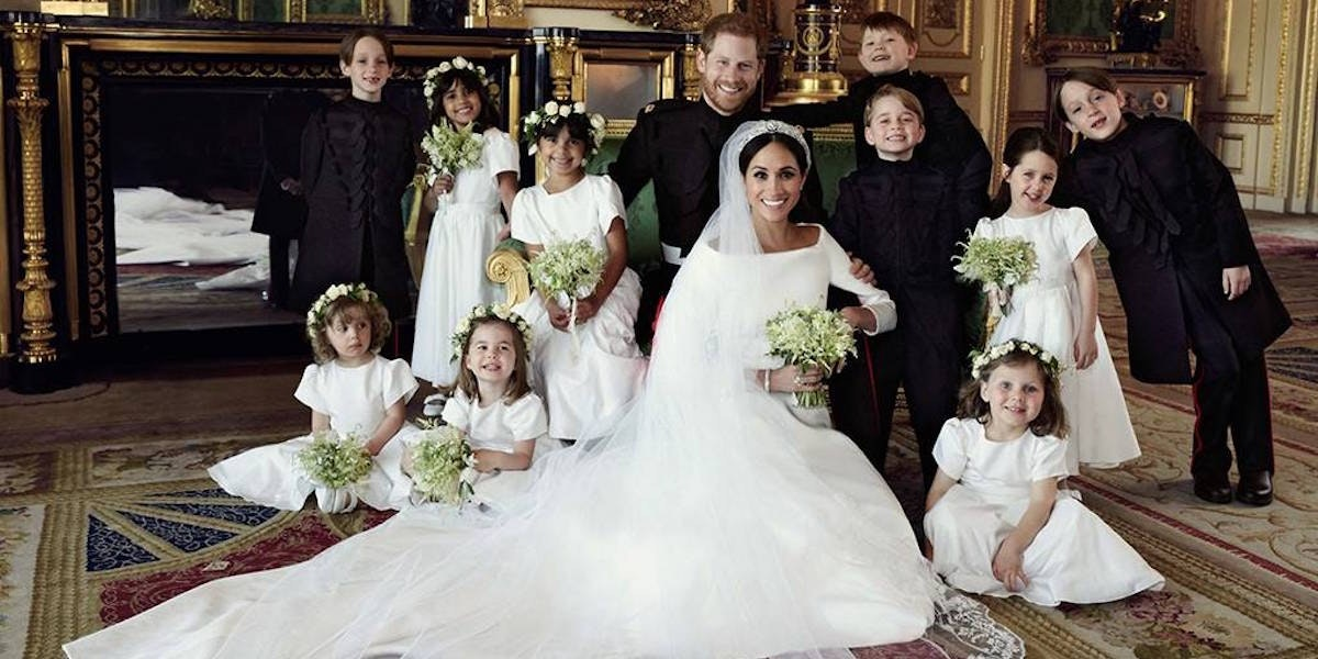 Meghan Markle and Prince Harry's Wedding Portraits Revealed! These Are the Hidden Messages You May Have Missed