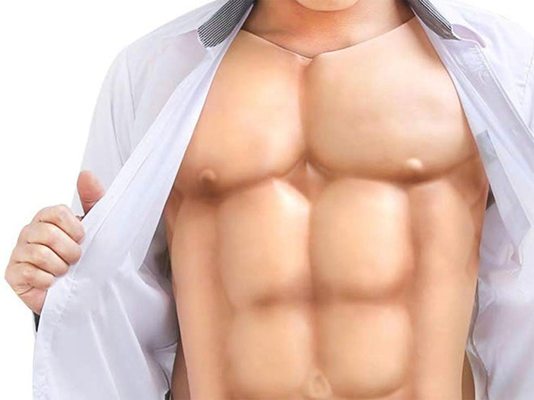 These fake abs for the most deceiving selfies