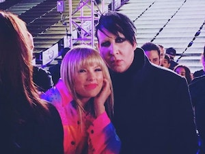 Manson and Taylor Swift Pose for Pic, Internet Goes Crazy