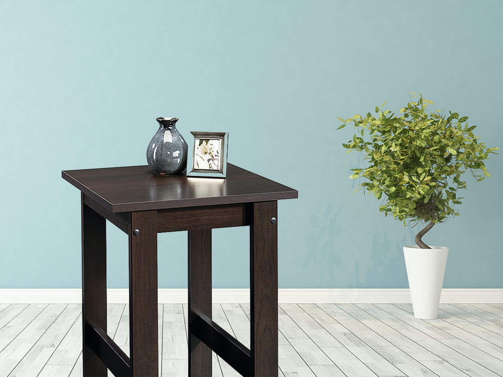 Anend table so your guests won't put their drinks on the floor