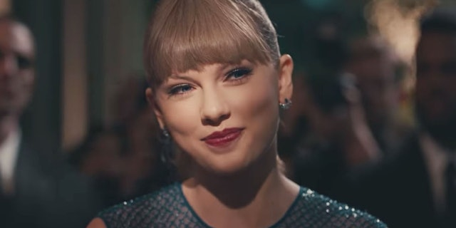 Taylor Swift's Dance Moves in New Music Video, Explained