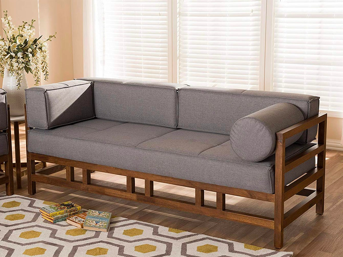 This 3-seat sofa with bold shapes