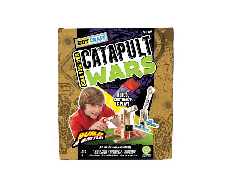 This DIY catapult battle set