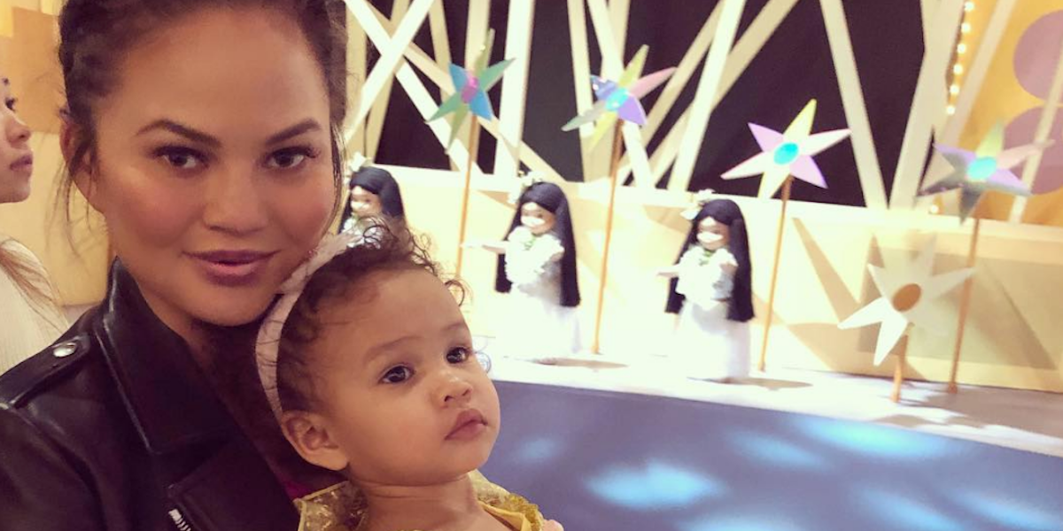 Chrissy Teigen Gives Birth! These Tweets Prove She's the Best Mom