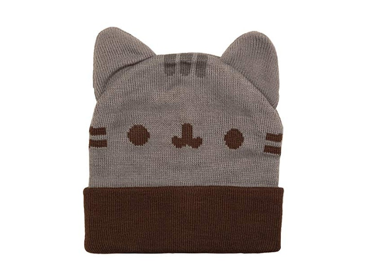 This kitty that keeps your ears warm
