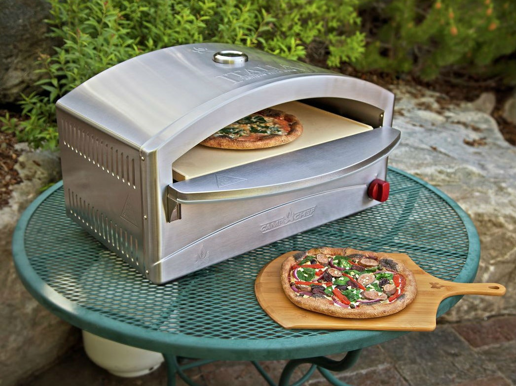 This propane pizza oven (!) designed for camping