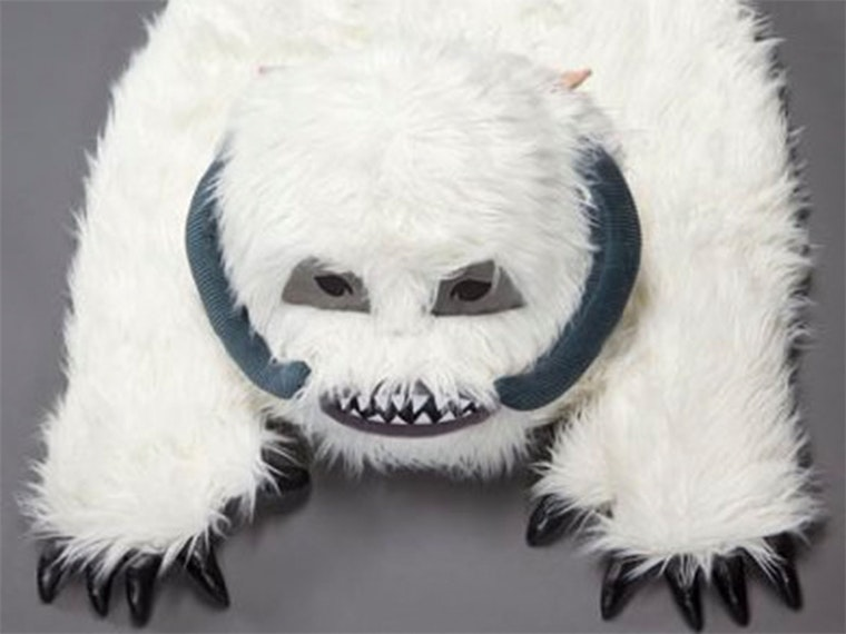 This luxurious Wampa rug