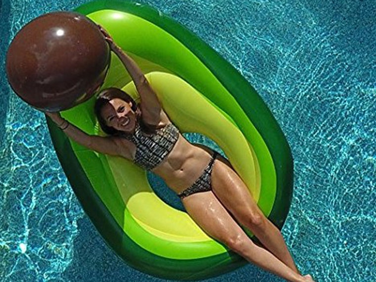 This avocado floatwith a removable pit