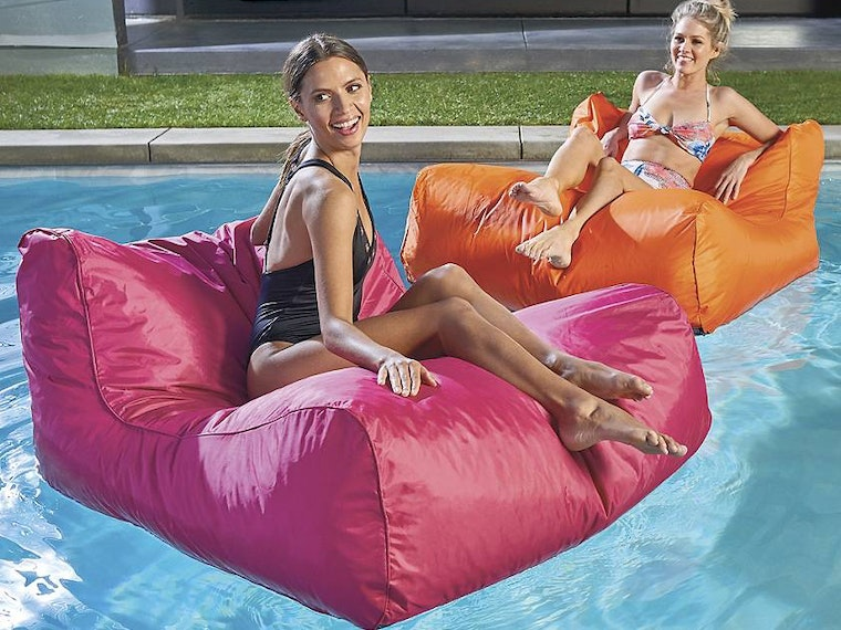 A self-inflating float for the luxuriously lazy