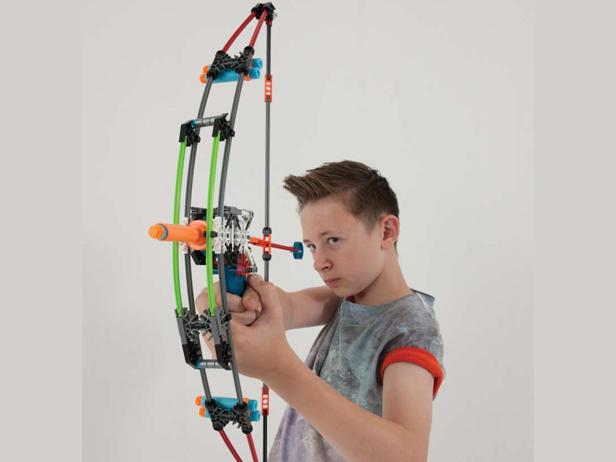 This foam dart bow set that kids can to build themselves🏹