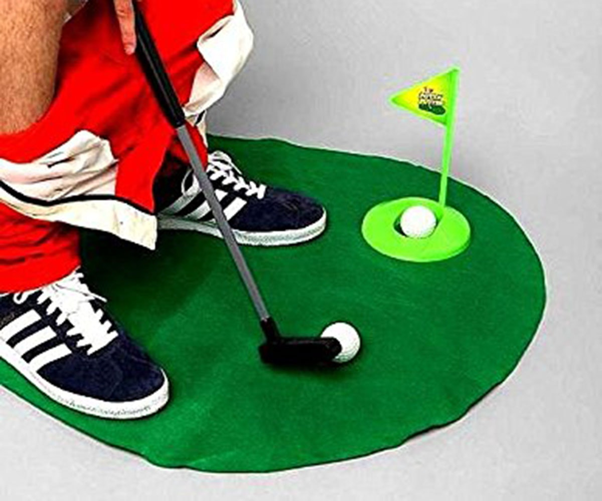 A putting green for your toilet🚽