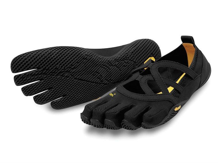 Thesestrange-looking-but-amazingyoga shoes
