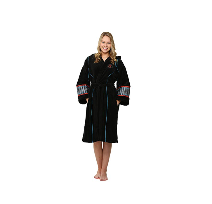 This cozy robe fit for a spy🕷