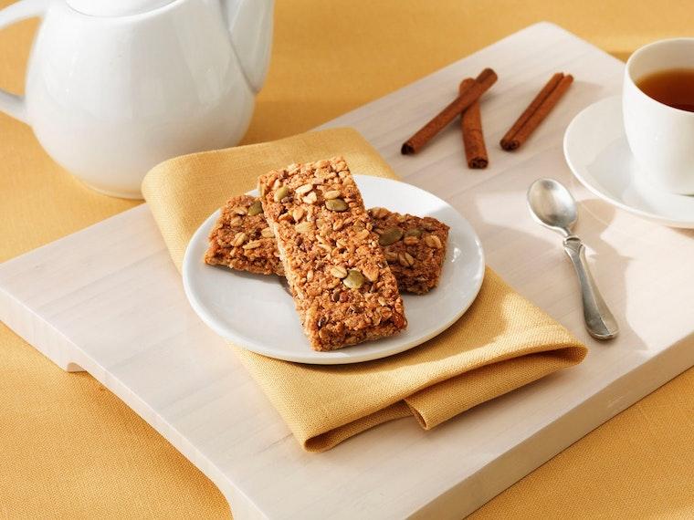 Thesehealth-smart, pumpkin-flavored granola bars