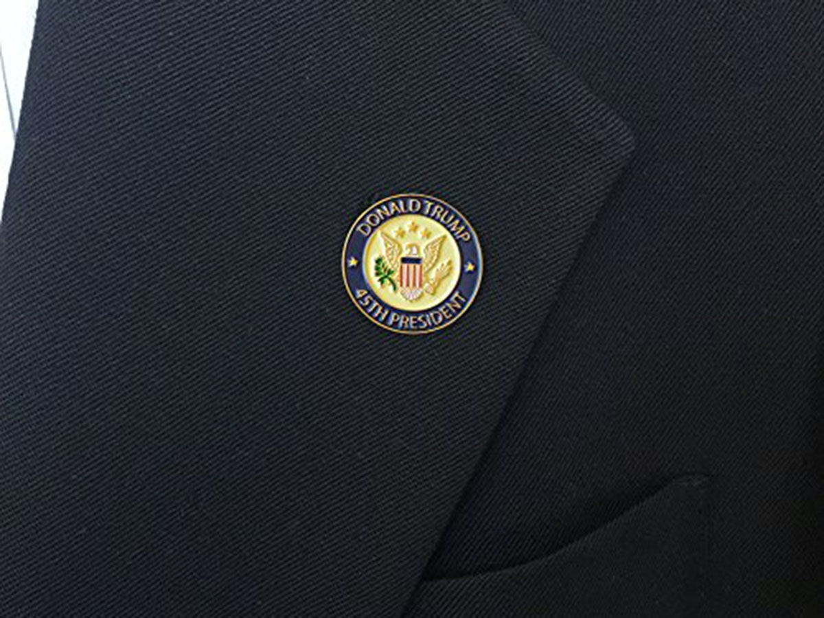 This elegant presidential lapel pin