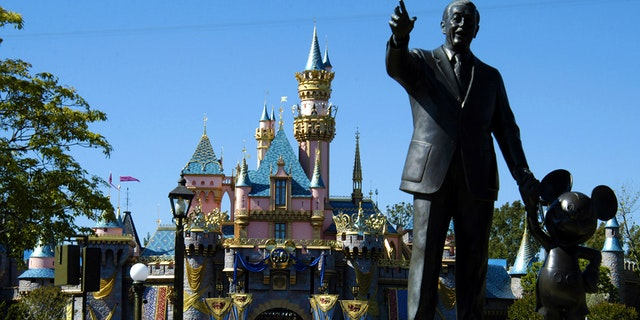 20 Surprising Things You Can -- and Can't -- See, Do and Taste at Your Next Disneyland Visit