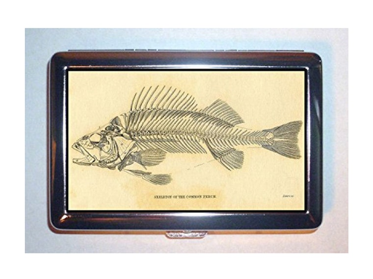 This fish skeleton case for all your freshly rolled smokeables 🐟