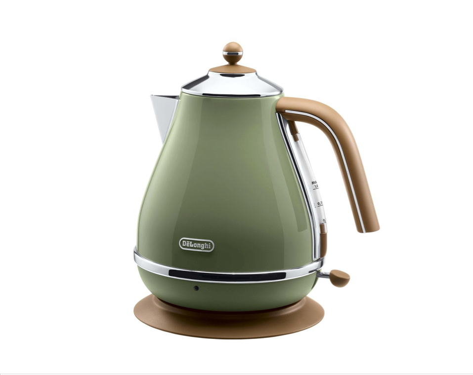 A kettle for vintage tea time